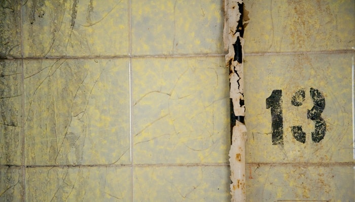 How To Repair A Cracked Shower Tray