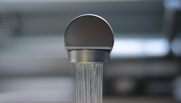 how to remove flow restrictor from a peerless shower head